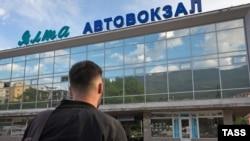 «На Керчь»: в Крыму возобновили автобусное сообщение (фотогалерея)