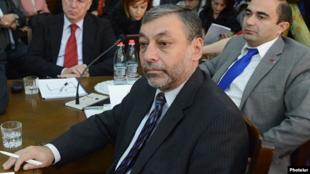 Armenia - Opposition leader Alexander Arzumanian in parliament, 30Oct2012.