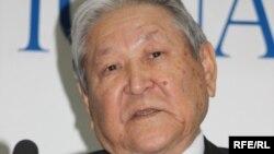 Лидер Коммунистической партии Казахстана Серикболсын Абдильдин. Алматы, 14 октября 2009 года.