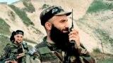 Шамиль Басаев во время вторжения в Дагестан, архивное фото