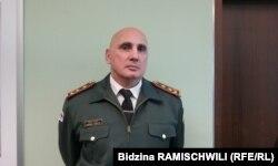 General Vahtang Kapanadze într-o vizită la Praga