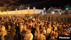 Armenia - Activists demonstrate outside the Yerevan house of businessman Ruben Hayrapetian, 8Jul2012.