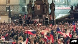 Just after the Velvet Revolution, Czechoslovaks gather in Wenceslas Square in Prague to support Vaclav Havel as president of the newly independent nation.
