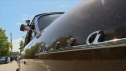 Soviet Vintage Cars Star In Homecoming Parade