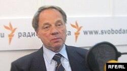 Олег Попцов