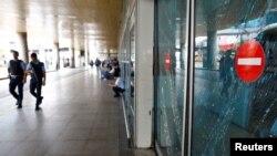 აფეთქებების შემდეგ სტამბოლის აეროპორტს პოლიციელები იცავენ