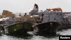 علی طیبنیا، وزیر اقتصاد می گوید، ارزش کالای قاچاق به ایران به ۱۵ میلیارد دلار کاهش یافته است.