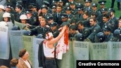 Чарнобыльскі шлях 1996 году ў Менску, фота з сайту vytoki.net