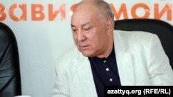 Общественный деятель Газиз Алдамжаров. Алматы, 3 мая 012 года.