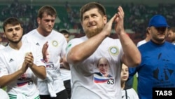 Kadyrov Putinin 63 yaşını qeyd edir