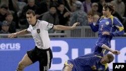 Қазақстан-Германия футбол ойынынан бір көрініс. Астана, 12 қазан 2010 жыл