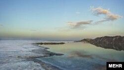 چنانچه در مورد مساله دریاچه نمک حوض سلطان غفلت شود انتظار میرود مساله ریزگردها را در پایتخت و شهرهای اطرافش نیز شاهد باشیم