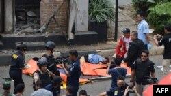 На месте теракта в Джакарте, 14 января 2016