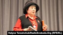 Комітет пропонує вважати лауреатом премії з літератури письменницю, поетесу і художницю Емму Андієвську (на фото)