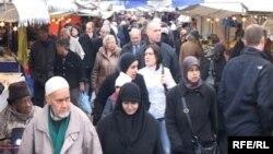 احدى اسواق رمضان في هولندا