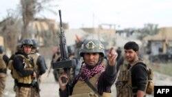 Ирак аскерлери шаардын борбордук бөлүгүндө, 27-декабрь, 2015-жыл.