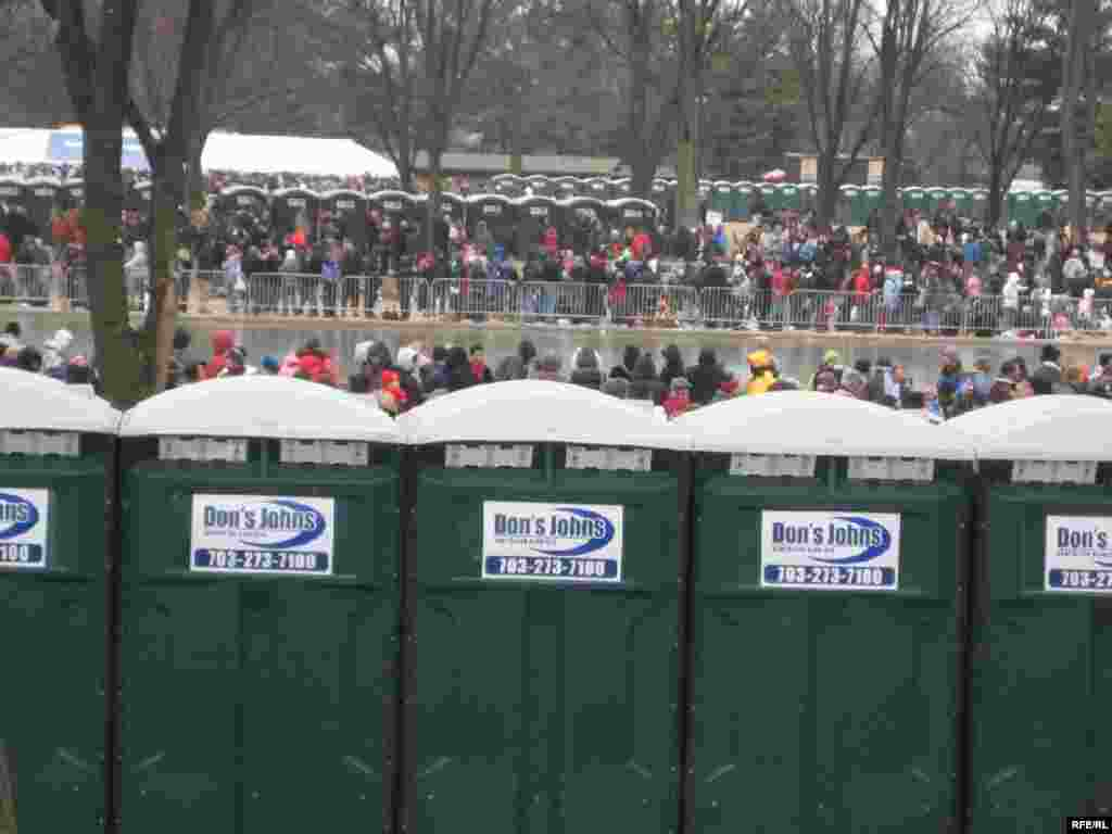 As between 1 million and 2 million visitors arrived in Washington, city officials made provisions for their needs. - United States -- Rows of public toilets were set up to accommodate hundreds of thousands of visitors gathering to watch the inauguration of Barack Obama, 28Jan2008. Obama20
