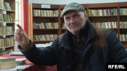 Dorel Petrescu se ocupă de Casa Memorială Marin Preda.