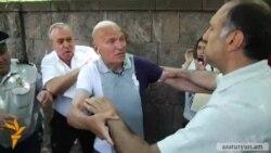 Հրանտ Բագրատյանը վեճի բռնվեց քաղաքացու հետ