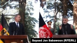 Кристиан Вульф и Хамид Карзай во время пресс-конференции в Кабуле