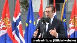 Наразі правлячу коаліцію у сербському парламенті очолює партія президента Вучича