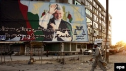 Afghan President Hamid Karzai may escape a second-round runoff for reelection.