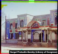 Здание внутри дворцового комплекса эмира Бухары