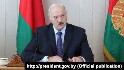 Аляксандар Лукашэнка на нарадзе па сацыяльна-эканамічным разьвіцьці Гарадзенскай вобласьці, якая адбылася ў Ваўкавыскім райвыканкаме