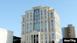Mərkəzi Seçki Komissiyasının binası, arxiv foto