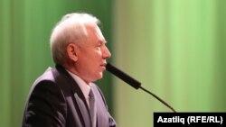 Ренат Закиров