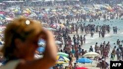 Синоптики говорят, что температура в Баку до конца июня не опустится ниже 38 градусов