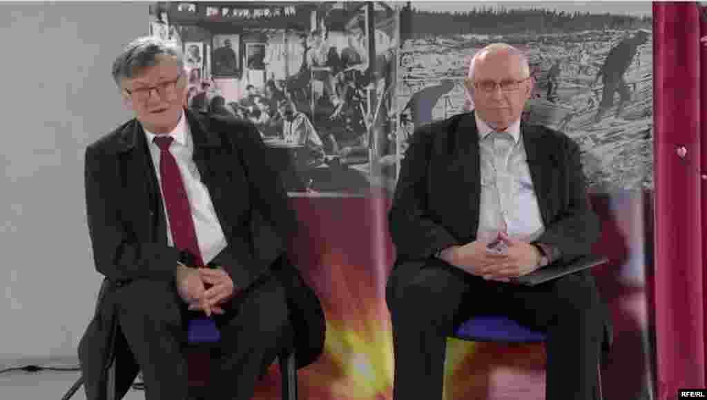 Fostul ambasador al Poloniei la București și Chișinău Bogumil Luft (stânga) și ex-ministul educației Anatol Gremalschi