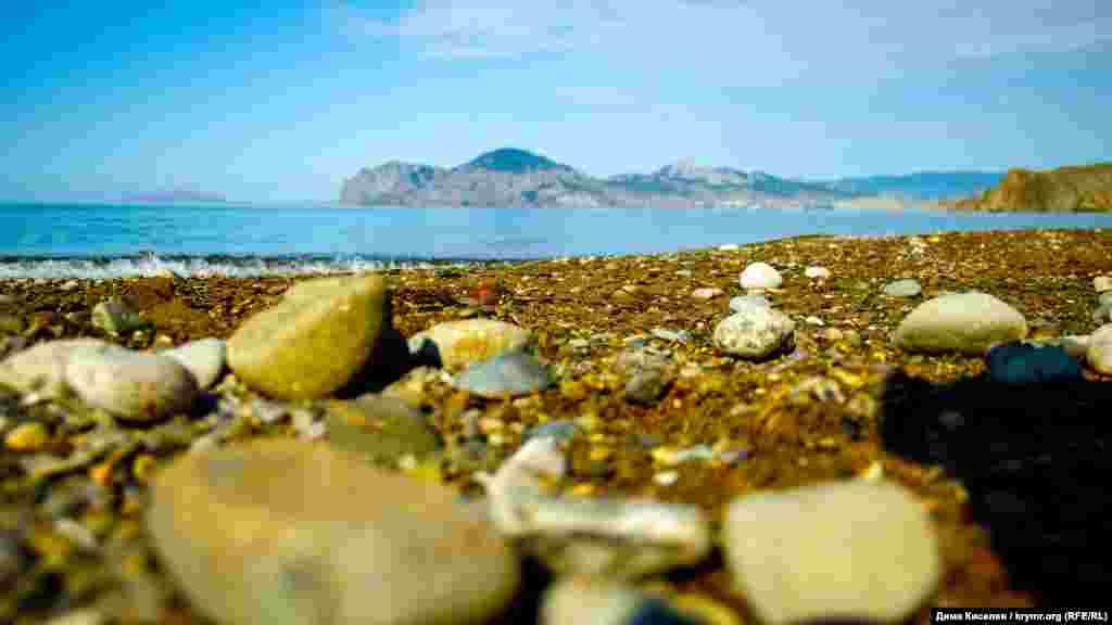 Так виглядає центральний пляж в Орджонікідзе