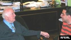 Eduard Şevardnadze «Azadlıq» radiosunun «Tanınmışlar» verilişinə müsahibə verib