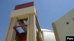 جمهوری اسلامی ايران برای ساخت نيروگاه بوشهر بايد به روسيه، يک ميليارد دلار بپردازد.