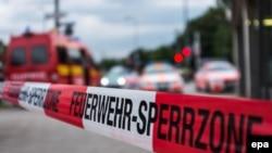 На месте стрельбы в торговом центре в Мюнхене (22 июля 2016 года)