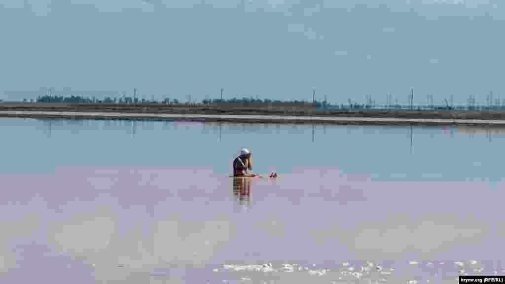 Багно з дна озера можна використовувати в лікувальних цілях