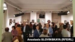 Первая выставка Вигена Вартанова прошла в его день рождения, 29 октября. По словам родных, в начале следующего года они планируют организовать выставку его фоторабот