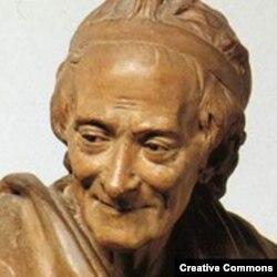 Voltaire sculptură de Jean Antoine Houdon (1741-1828)