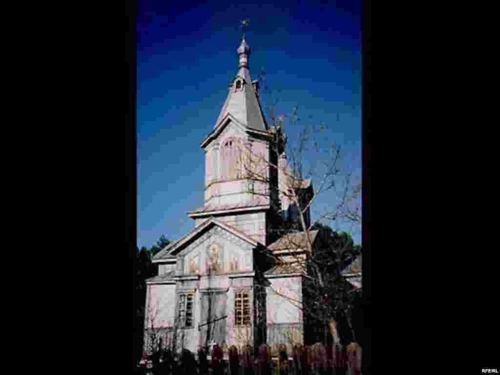 Церква святого Пантелеймона, село Журба. 2003 р.
