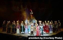 По окончании оперы «Манас». Пекин. 07.6.2018.