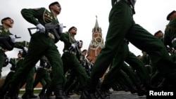 Парад на площади в Москве. Иллюстративное фото.