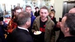 Касьяновны Казанда торт белән каршы алдылар