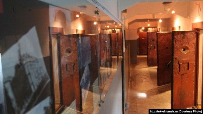 Реконструированный тюремный коридор