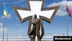 Памятник Степану Бандере в Ивано-Франковске. Иллюстративное фото.