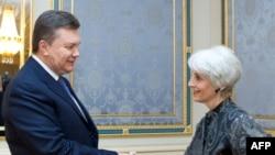 President Viktor Yanukovych greets U.S. Undersecretary of State Wendy Sherman in Kyiv on March 20.