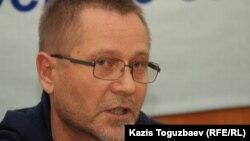 Журналист Сергей Дуванов. Алматы, 24 сәуір 2014 жыл.