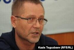 Независимый журналист Сергей Дуванов.