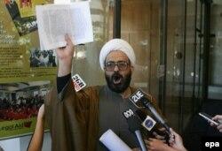 محمد حسن منطقی دارای پروندههای تعارض جنسی و معاونت در قتل بوده است
