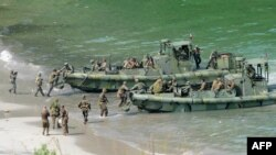 Последние совместные военно-морские учения США и Филиппин прошли в октябре 2015 года